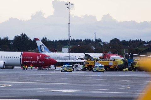 Alle nødetater, inkludert flyplassens eget mannskap, rykket ut søndag ettermiddag.