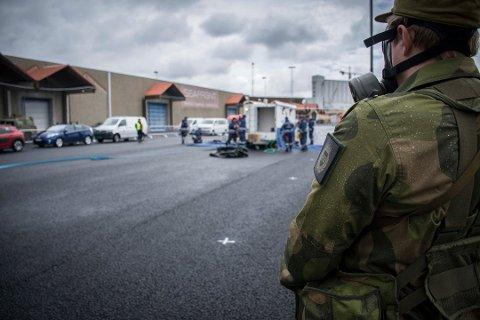 Bildet viser en HV-soldat fra HV-08 Rogaland og Agder under en øvelse i Kristiansand i 2017. Undertegnede var med på øvelsen som presseoffiser.