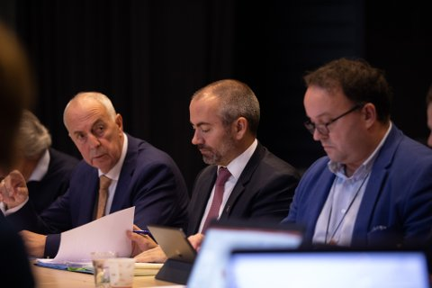 Styringsgruppen for Bymiljøpakken stemmer for å snu bommene i Tananger.