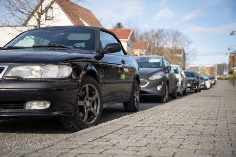 I Slutten av måneden vil Sola kommune trolig inngå en avtale med Stavanger Parkering om kontroll av parkering i Sola.