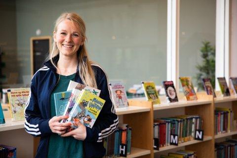 Kirstine Marie Riis-Westergaard er prosjektleder og formidler ved Sola bibliotek. Hun gleder seg til åpning igjen mandag.
