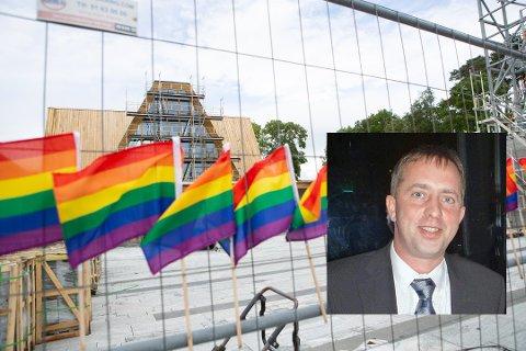 Koenraad Beeckman (innfelt) håper på engasjement i fredelige former når han inviterer til demonstrasjon mot det han mener er en ekskluderende kirke. Bildet er fra en tidligere markering ved nye Sola kirke.