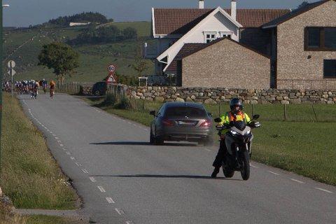 Kjøringen under sykkelrittet etterforskes nå av politiet.