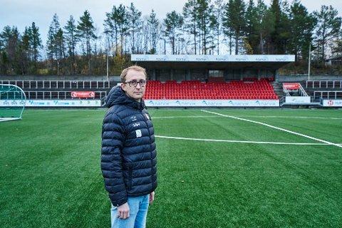 TIL STAAL! Stian Johnsen blir ny hovedtrener for Staal sitt A-lag. Han har gjort det bra som trener i både Mjølner og Harstad.