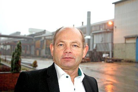 Administrerende direktør Jarle Fjetland ved Scana Steel Stavanger AS på Jørpeland, opplyser at bedriften har fått en ordre fra Rolls Royce, men at pasienten likevel ikke kan helt friskmeldes.