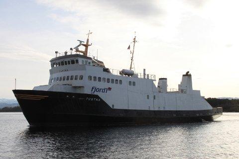 MF «Tustna» (Foto fra Fjord1)