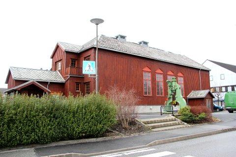 Folkets Hus på Jørpeland er til salgs.