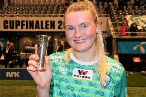 Ine Agnethe Aarskog var glad etter NM-gullet fredag kveld. (Foto: Svein H. Moe)