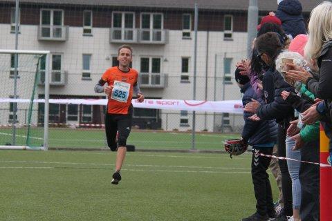 Kjell Harald Dalehaug vant Strandamila på 35:29.