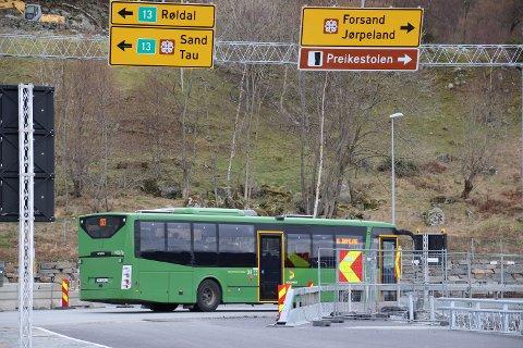 Onsdag skal fylkespolitikere ta stilling til busstilbudet gjennom Ryfast.
