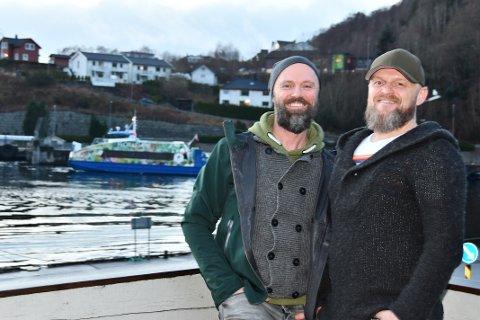 KLARE FOR NYSATSING: Anders Thoresen og Trond Kleven startar selskapslokalet Skjeggebust på kaien i Tauvågen til våren.
