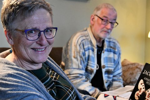 SA JA FØRST: Det var Åse Lerang som først blei engasjert i arbeidet med flyktningar gjennom jobben på Ryfylke Læringssenter. Då ho pensjonerte seg ville ho starta ein internasjonal kafé. Lars Fossåskaret blei med.
