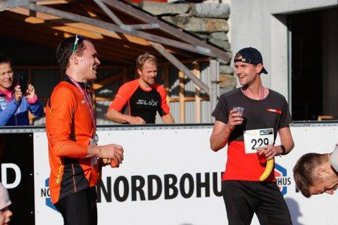 PÅ PALLEN: Håvard Barkved kom på tredjeplass og Henning Tjøstheim på andreplass i Gjesdal Trailrun på søndag.