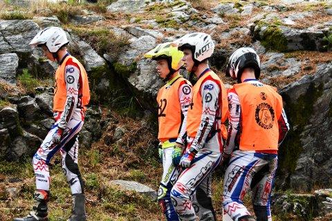 GULL: Simen Eliassen (17), Jone Sandvik (15), Marius Eliassen (17) og Sindre Vik Nymo (17) vant juniorklassen i NM Lag på lørdag.