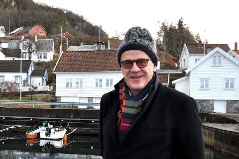 UNØDVENDIG: Bjørn Laugaland meiner det må vera skikkelege alternativ på plass før Telenor trykkjer på knappen og stenger folk sin tilgang til internett.