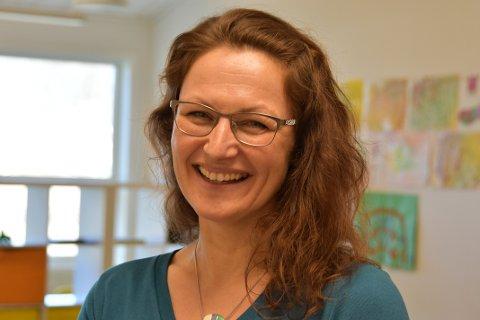 FØRSTE DAG: Steffi Borbe var på jobb som SFO-leiar på Forsand skule for første gong tysdag.