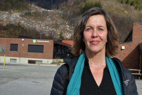 HAR TAKKET JA: Fungerende rektor Ellen Stangebye Barka er den nye rektoren på Forsand skule.