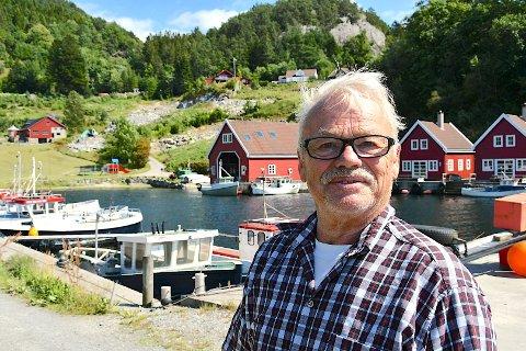 TØFFE TIDER: Terje Mosnes har til tider vore nesten heilt utan gjester i Solvåg Fjordferie i sommar.