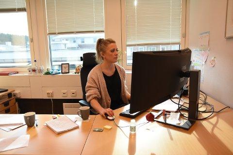 Kommuneoverlege Sunniva Rognerud er glad for at Steinkjer nå ikke har noe registrert smitte, slik at man kan konsentrere seg om vaksineringen, men hun skulle gjerne ha hatt jevnere leveranser av vaksiner.