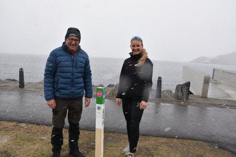 Gaute Rømo i Følling IL og Henriette Prøsch Hage fra Frisklivsentralen samarbeider om Stolpejakten i Steinkjer, som starter 1. mai.