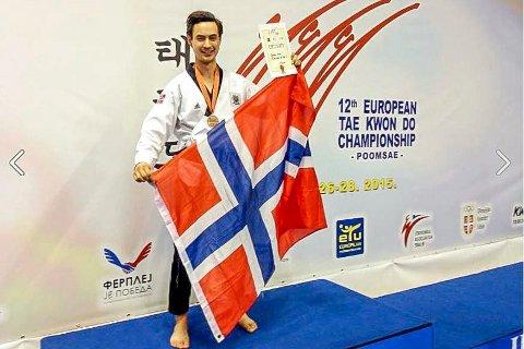 MESTER: Joachim Wien  ble europamester i par med Nina Bansal, og fikk en bronse i individuell. Foto Kampsport.no
