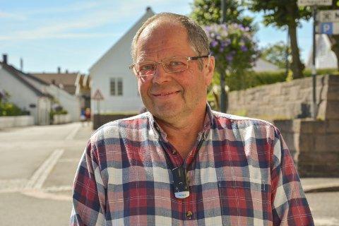 HØRSEL: Einar Flathen i Svelvik hørselslag forteller at de er i gang med en kampanje med fokus mot de unges ører.