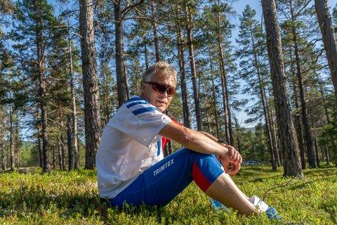 Terje W. Pettersen er kartansvarlig og løypelegger for Kneskjælven.