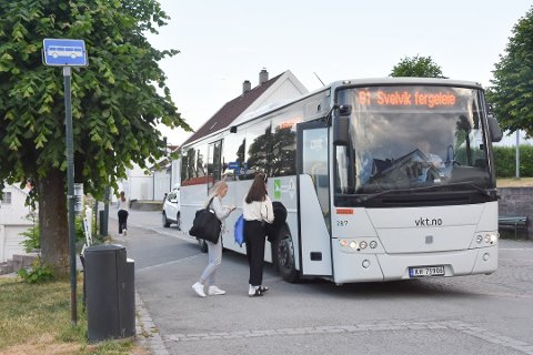 Behovet for busstilbud mellom Sande og Svelvik skulle evalueres. På grunn av koronapandemien ble det imidlertid noe mer komplisert enn som så.