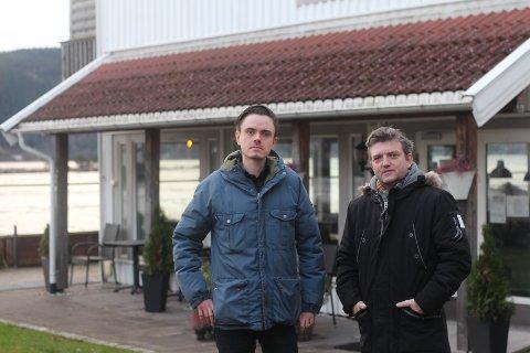 Herman Ekle Lund (MDG) og Anders Wengen (V) mener kommunen burde fanget opp hva som ville skje med Svelvik Kro allerede ved første henvendelse.