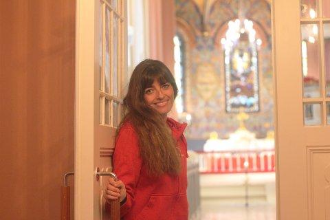 Menighetspedagog Nina Howden og resten av Svelvik menighet gleder seg til at de nå kan åpne dørene for folket igjen.