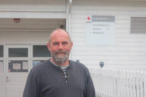 Jan Andersen i Svelvik Røde Kors håper flere melder seg til tjeneste.