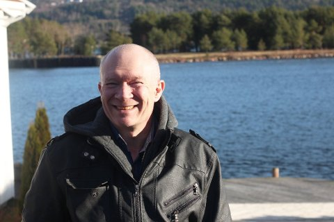 Odd Ivar Gjersvik, daglig leder i Drammen taxi kan fortelle at planen om å etablere en egen enhet i Svelvik ikke er avlyst, bare utsatt.