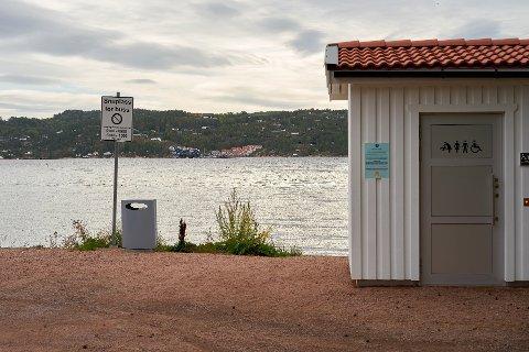 STENGT: Toalettene i Bergerbukta er stengt fram til våren.