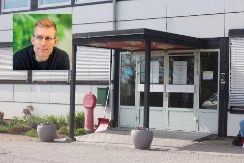 Kommuneoverlege John David Johannessen er glad for at sykehjemmet så å si kan friskmeldes, fredag. Kun prøvene fra de ansatte venter.