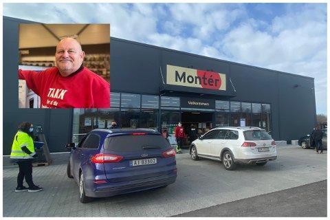 Jan Werner Hansen og kollegaene står nå utenfor butikken og møter kundene der. Da Svelviksposten var innom tirsdag ettermiddag var det flere innom i løpet av 20 minutter.