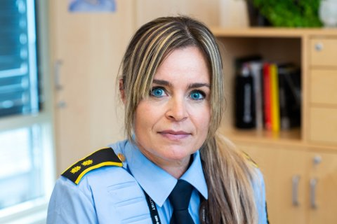 Tina Berg, seksjonsleder for etterforskning og etterretning ved Drammen politistasjon, oppfordrer privatpersoner og bedrifter å passe på tingene sine.