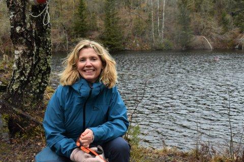 Sjef for sommerskolen, Monica Skaane Bakken er storfornøyd med antall påmeldte til kommunens sommerskole, men håper enda flere fra Svelvik melder seg.