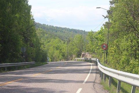 Svelvikveien kan bli litt ekstra trafikkert, søndag.