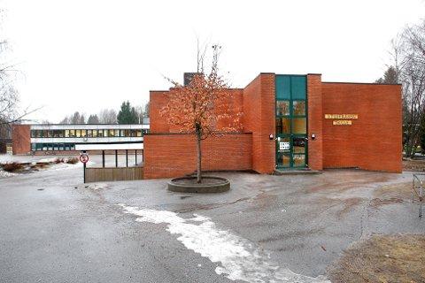 VILE IKKE HIT: 80 elever har de siste årene søkt seg vekk fra Stigeråsen skole.