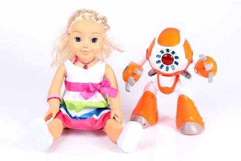 ADVARER: Forbrukerrådet advarer mot disse to dukkene, Cayla og i-Que. (Foto: Forbrukerrådet)