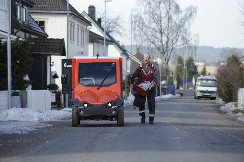EFFEKTIVITET: Posten ønker mer effektivitet ved å samle postkasser på fellespunkter. (Foto: Birger Morken/Posten Norge)