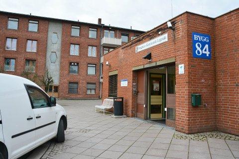 KONTRAKTEN LØPER UT: Porsgrunn kommunale legevakt har kun leiekontrakt for to år til i lokalene ved sykehuset .