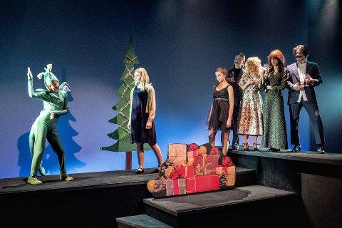 PREMIERE: Onsdag kveld var det premiere på «Min jul» med Skien kulturskole og Teater Ibsen. foto: dag Jenssen