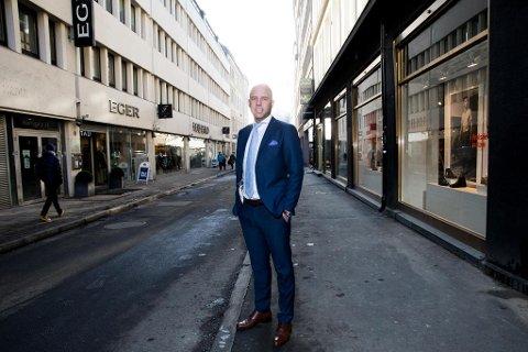 SATSER: Emil Eriksrød i R8 Property har bygd opp en portefølje med eiendommer på til sammen 100.000 kvadratmeter i Grenland og Vestfold. Nå satser han mot Oslo, utlandet og børsen. Foto: Paul Weaver