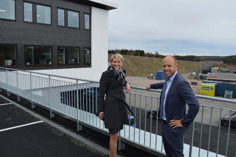 STRAKS BYGGESTART: Adm.dir. Trine Riis Groven og konsernsjef Emil Eriksrød i R8 Group ser fram til at byggearbeidene tar til om kort tid.