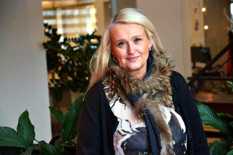 TILBYR DEN GODE SAMTALE: Bente Tøkje Andersen brøt med Jehovas vitner som 20-åring. Nå starter hun en samtalegruppe for mennesker som er i en bruddprosess med lukkede, religiøse miljøer. Foto: Knut-Erik Lahn