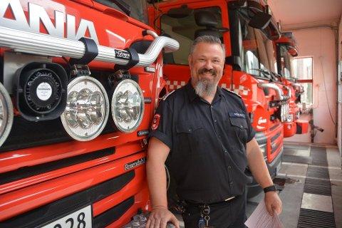 Morten Dalen oppfordrer folk som har tenkt å brenne bråte til å ta hensyn til naboer.