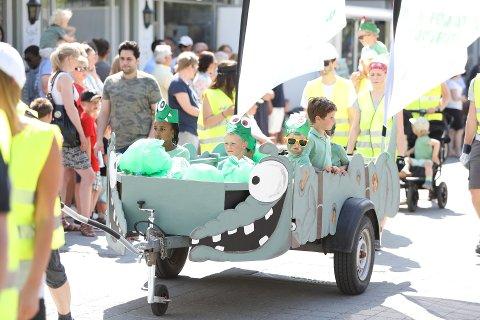Barnas dag: Rundt 30 barnehager deltar hvert år i det store opptoget under Barnas dag. Over 30 000 personer avlegger byen et besøk den siste lørdagen i mai.