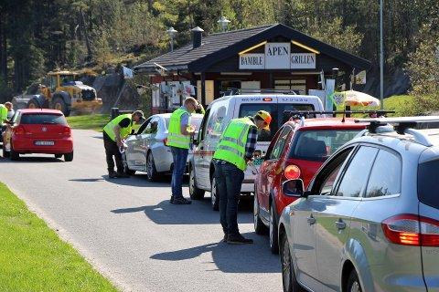 Politi fra både Grenland politistasjon og Utrykningspolitiet er ute og kontrollerer førere i ettermiddag.