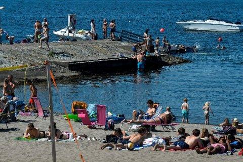 FULL SOMMER: Det er ingen grunn til å legge bort bikinien eller solkremen. Torsdag blir det trolig tropevarme i Sandefjord.